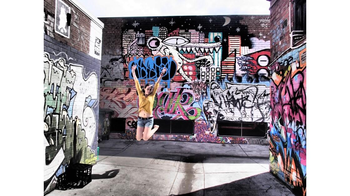 Street art make me jump!