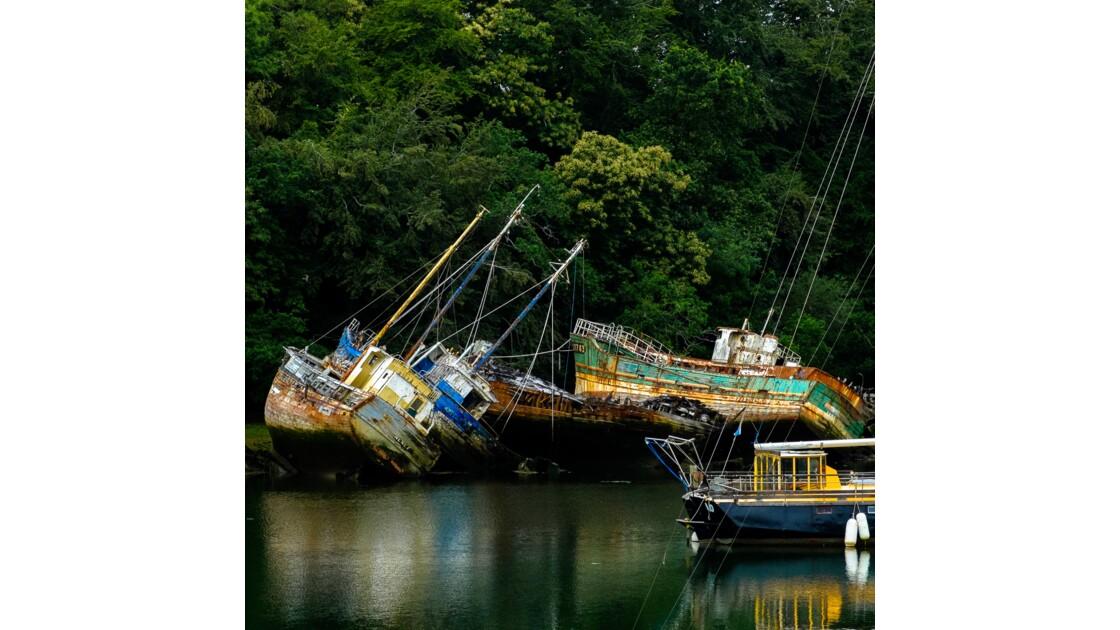 Port Rhu - Douarnenez - Cimetière de bateaux