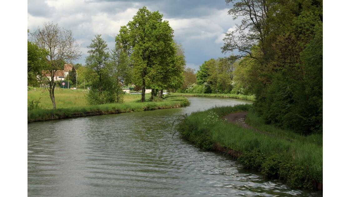 Loire le long du canal latéral