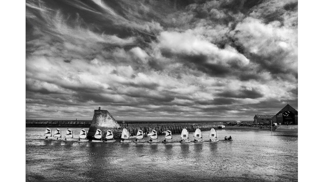 GEO- La vie au bord  de l'eau -  St Vast-la-Hougue (Manche)