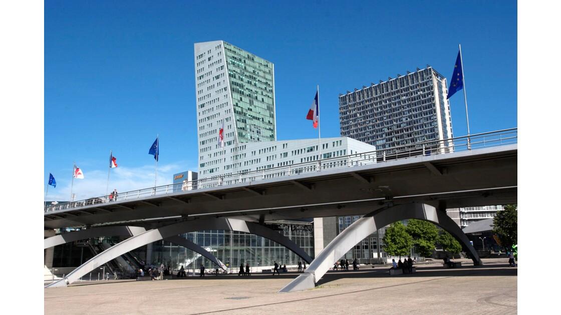 Place François Mitterrand à Lille