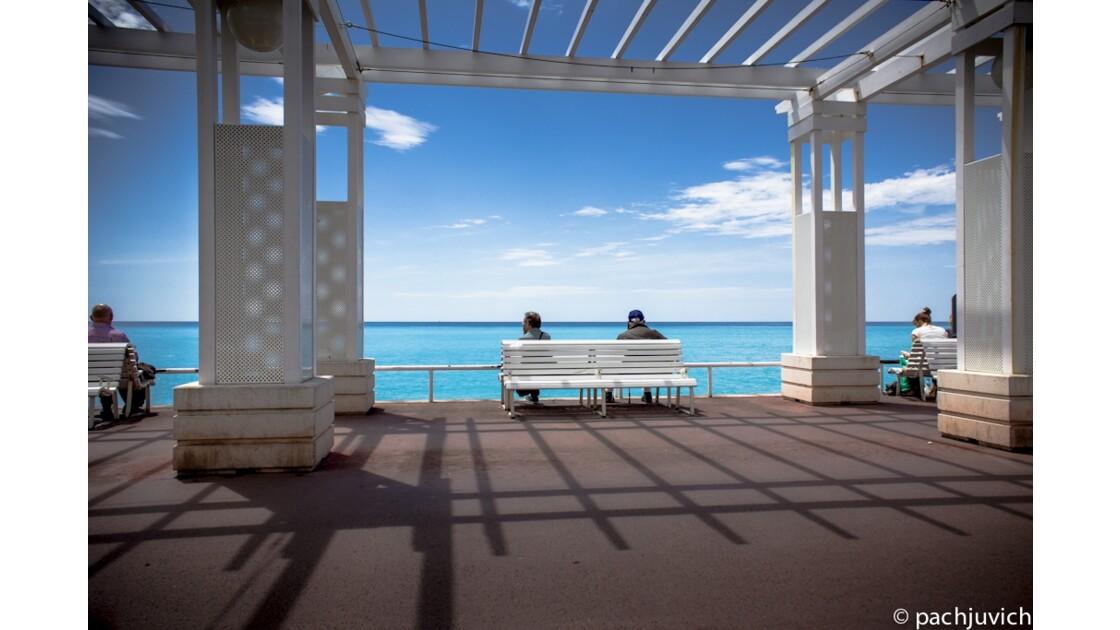 Pause... avec vue sur la mer
