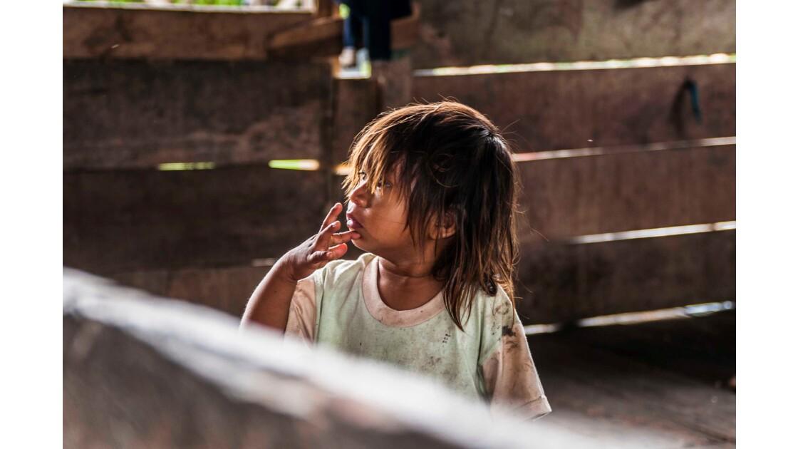 Portrait de jeune Amazonienne