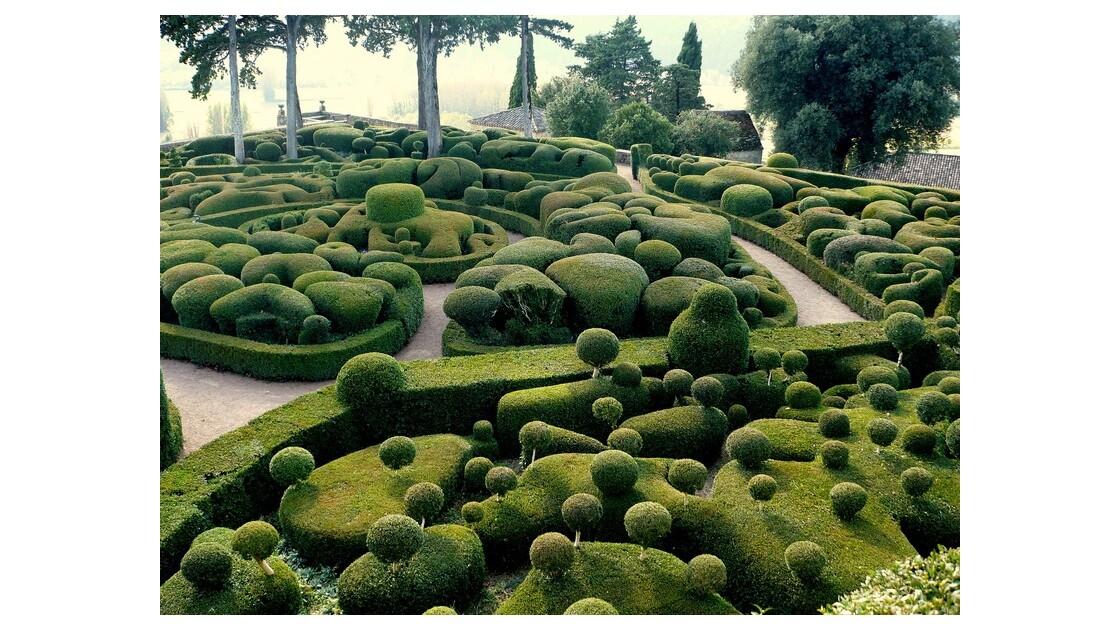 Jardins topiaires du Château de Marqueyssac (24)
