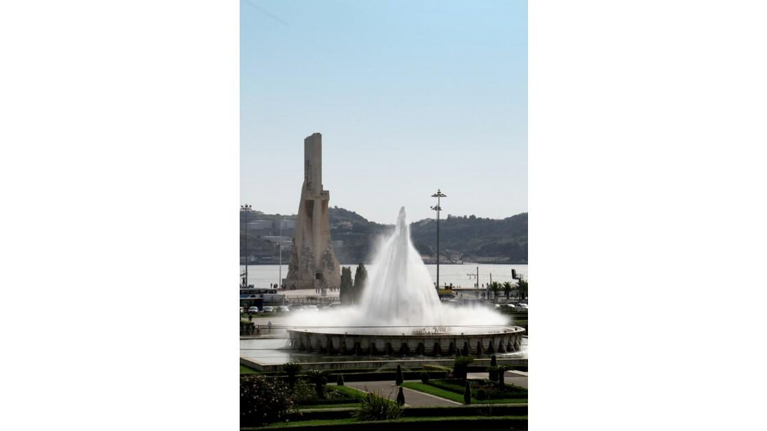 Praça do Império à Lisbone et le monument des découvreurs