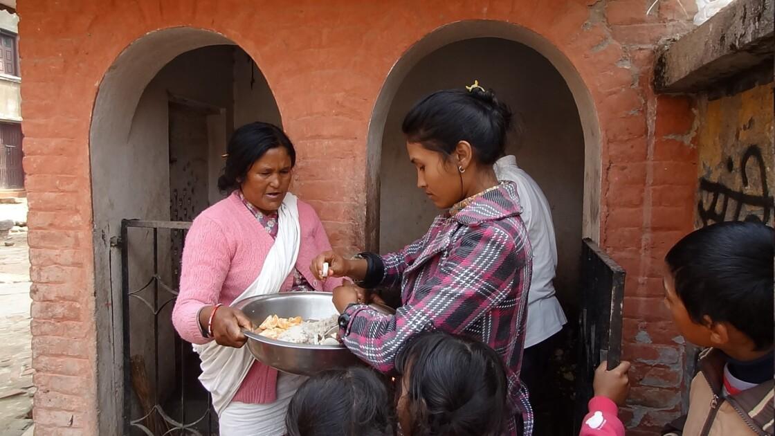 Népal Khokana offrande 1