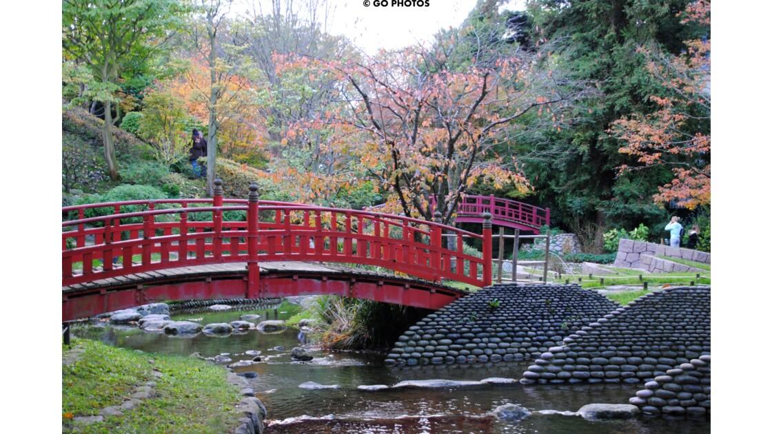 le petit pont rouge