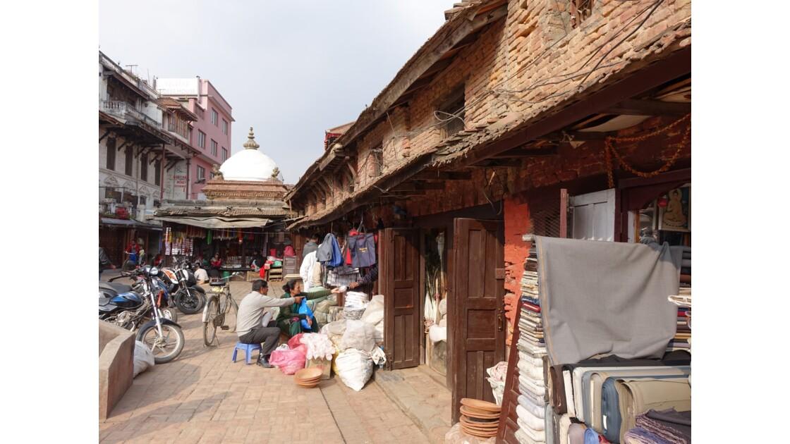 Népal Patan Les marchands de Durbar Square1