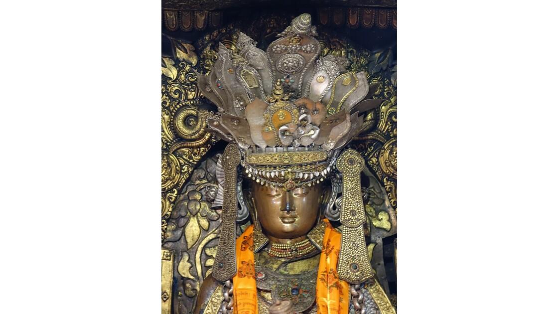 Népal Patan Temple d'Or Shakyamuni Bouddha 1