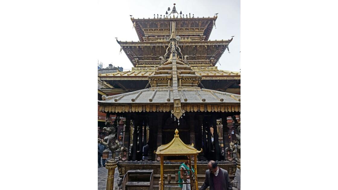 Népal Patan Temple d'Or 1