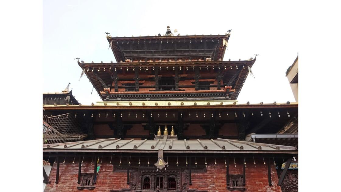 Népal Patan Temple d'Or 2
