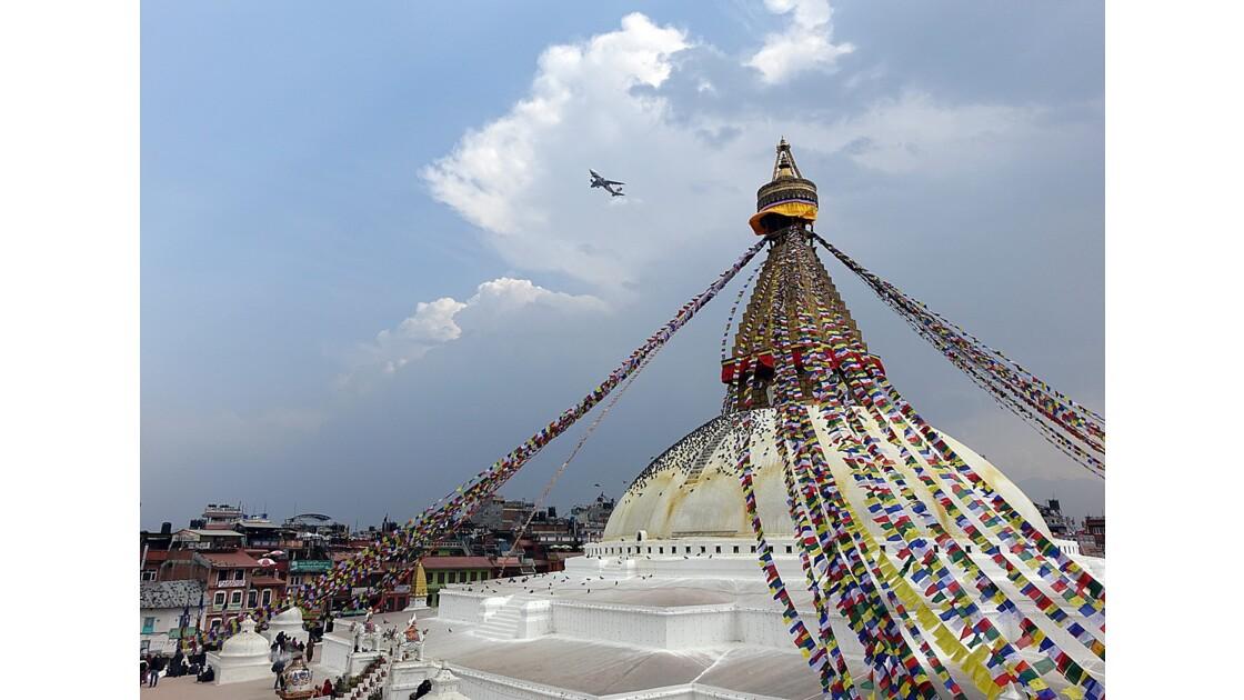 Népal Stupa de Bodnath Tradition et Modernité