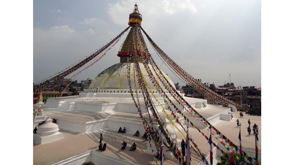 Népal Stupa de Bodnath les drapeaux de prière 1