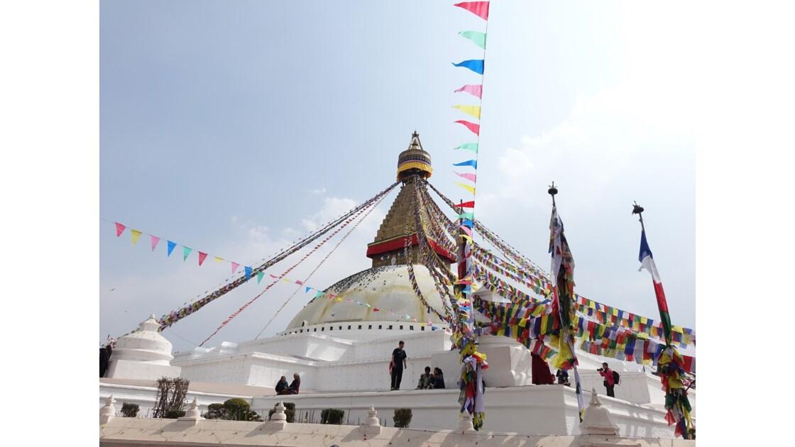 Népal Stupa de Bodnath les drapeaux de prière 2