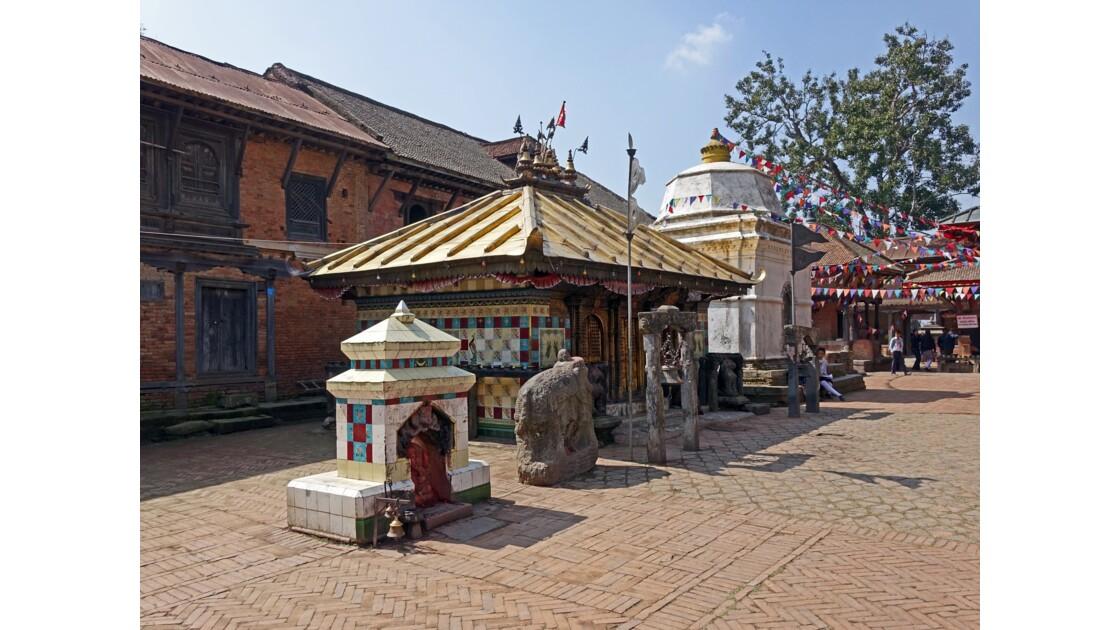 Népal Changu Charayan Temple de Chhinnamasta