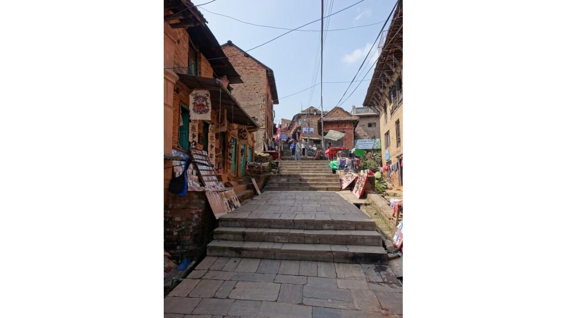 Népal Rue principale de Changu Narayan 2