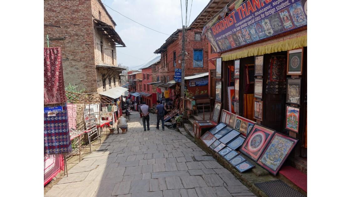 Népal Rue principale de Changu Narayan 1