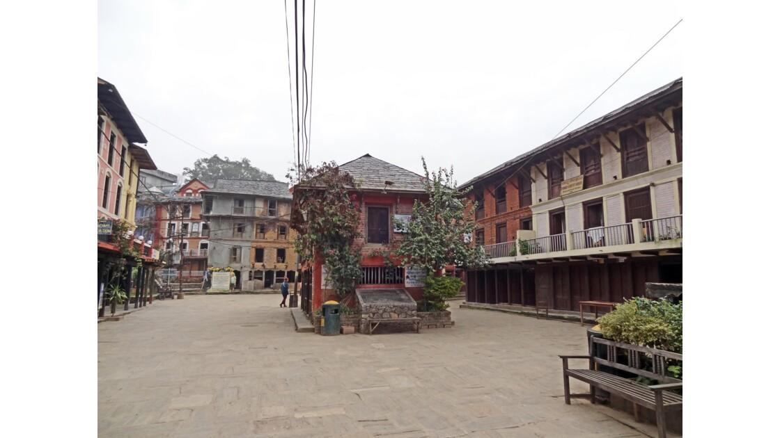Népal Bandipur au petit matin Place centrale 1