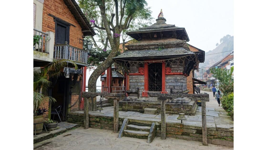 Népal Bandipur au petit matin Place centrale 4
