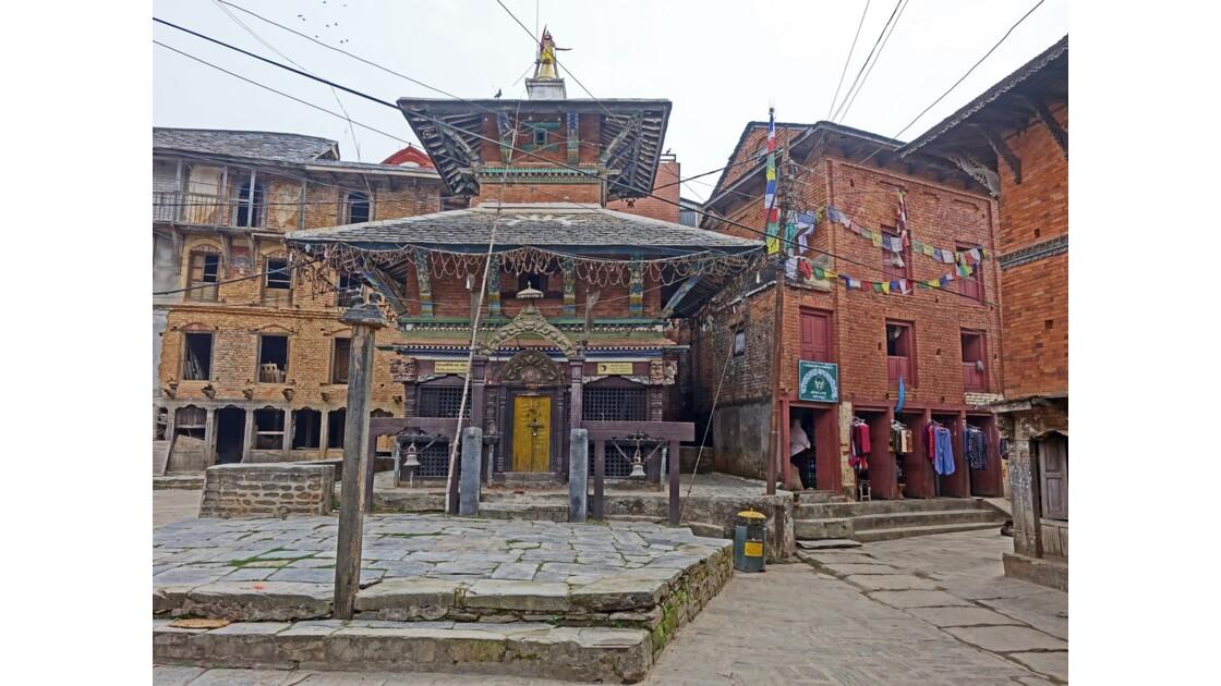 Népal Bandipur au petit matin Temple de Bindebasini Mandir 3