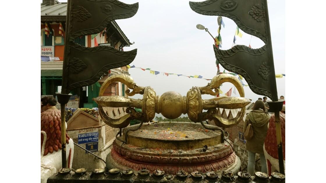Népal Stupa de Swayambunath Vajra géant