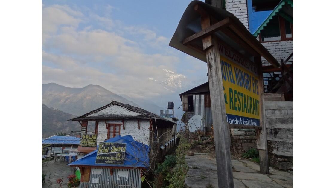 Népal Sunrise sur Landruk