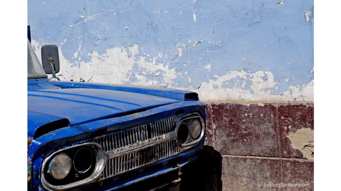 Ford, Ayacucho