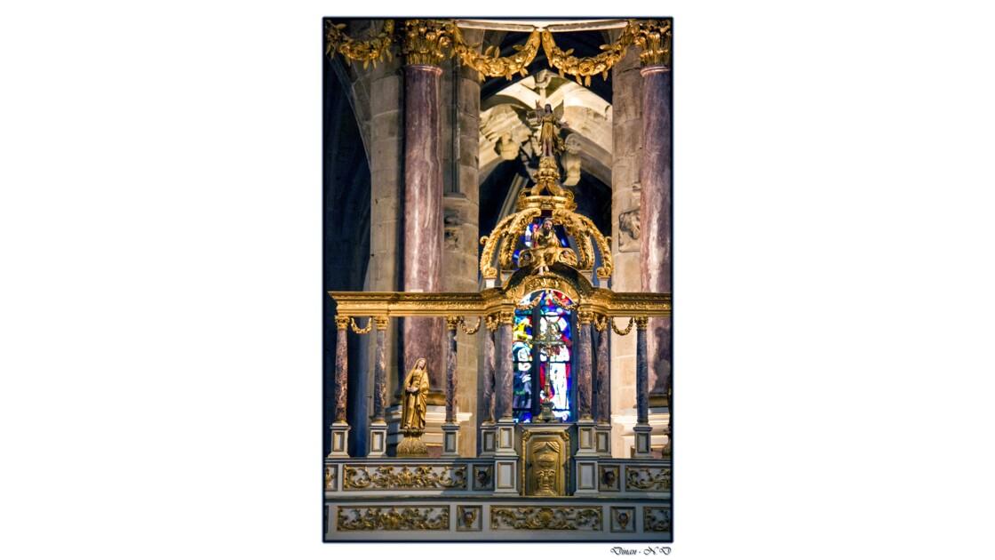 Intérieur de la Basilique Saint-Sauveur - Dinan