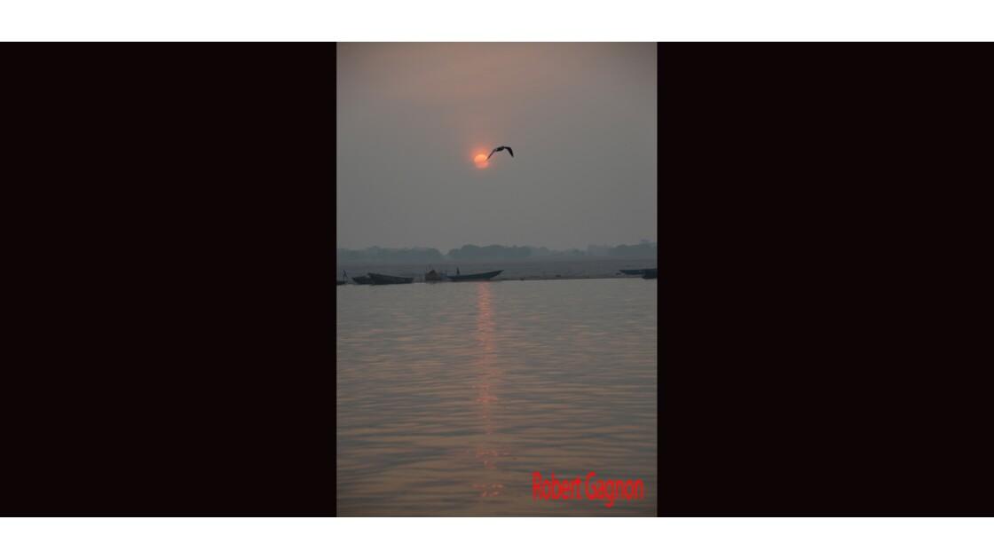 Le Gange à 5 heures du matin