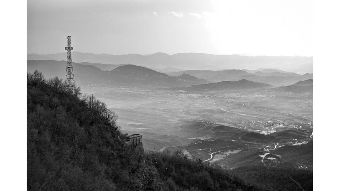 tirana vue des montagnes