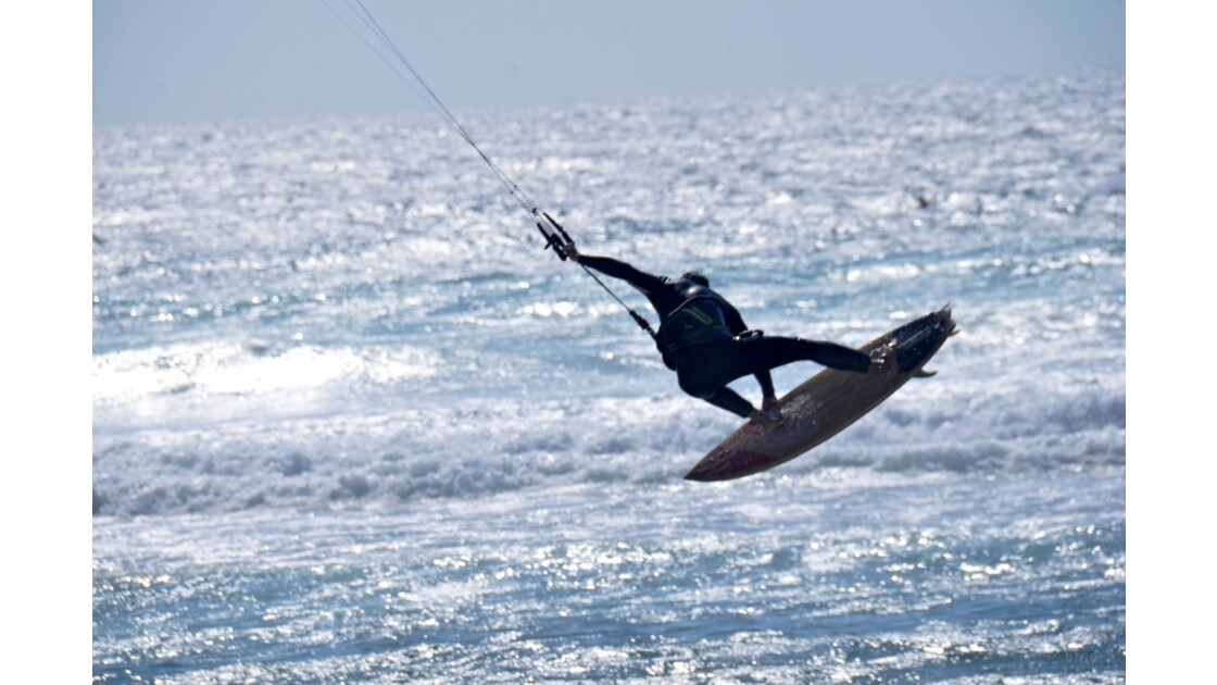 KITE SURFEUSE PLAGE DE GUINCHO