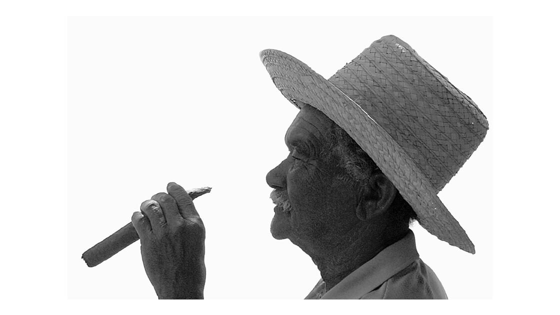 fumeur de cigare Cuba