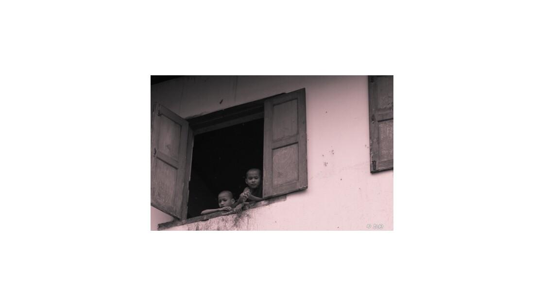 moines austères