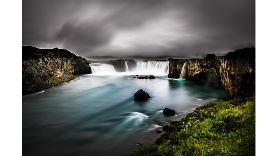Islande, entre feu et glace,Goðafoss