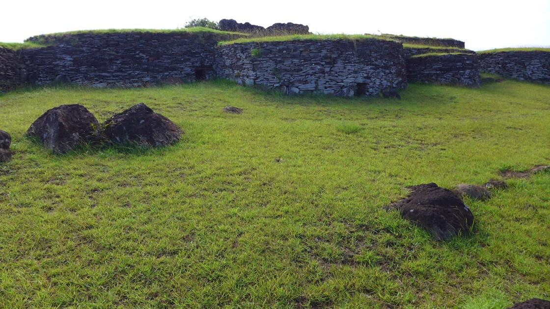 île de Pâques, maison à Orongo