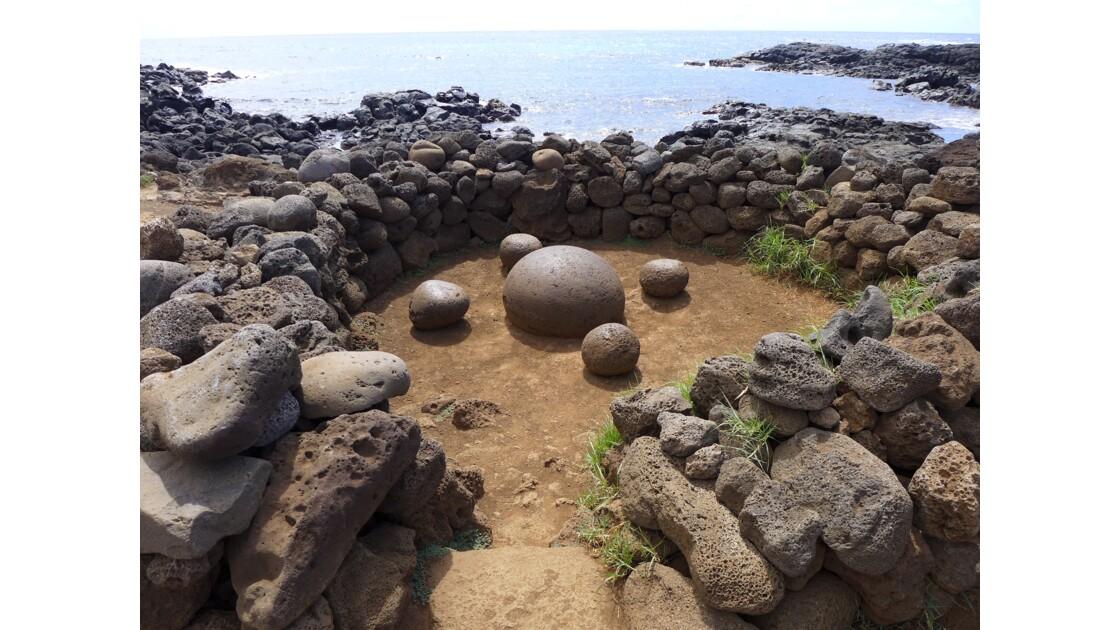 """île de Pâques, le nombril du monde """"Te Pito Henua"""""""