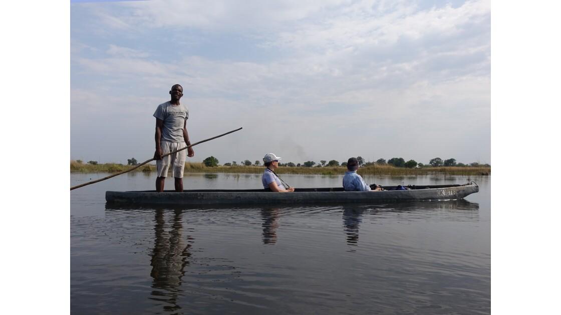 Botswana Okavango mokoro sur l'île Pépère 5