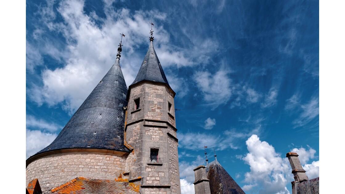 Le Château de La Rochepot (Côte d'Or).