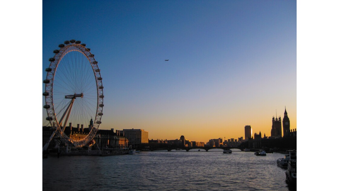 London eye au crépuscule