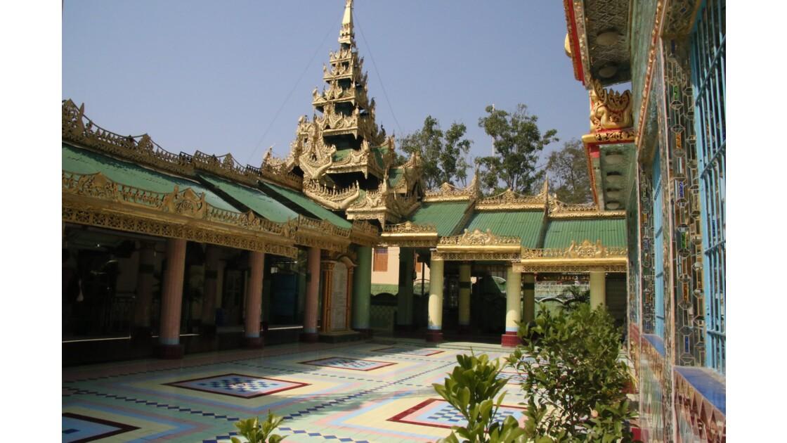 pagode Soon U Ponya