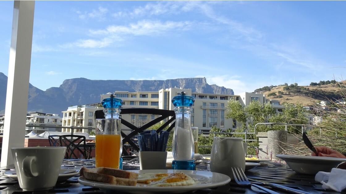 Afrique du Sud Cape Town Table Mountain vue de Breakwater Lodge