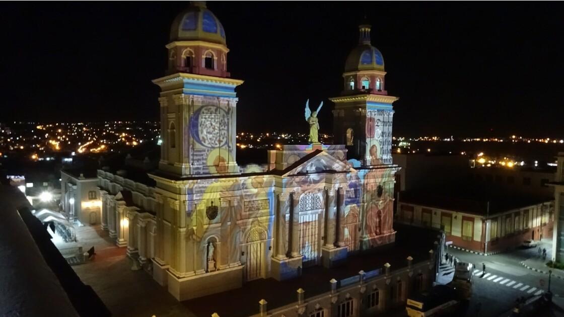 Cuba Santiago illuminations de la Cathédrale 2