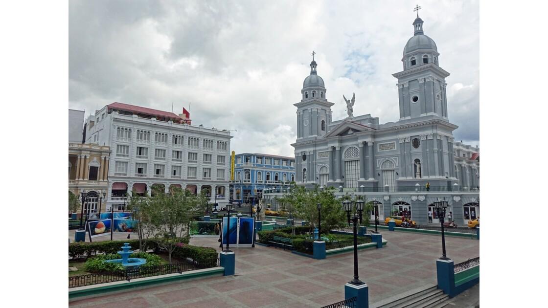 Cuba Santiago Parque de Cespedes Le Casa Granda