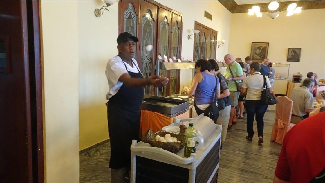 Cuba Santiago le cuisinier jongleur du Casa Granda 1