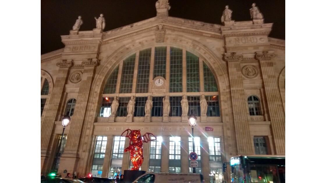 Fronton de la gare du nord