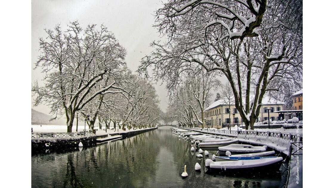 Canal du Vassé & Pont des Amours sous la neige