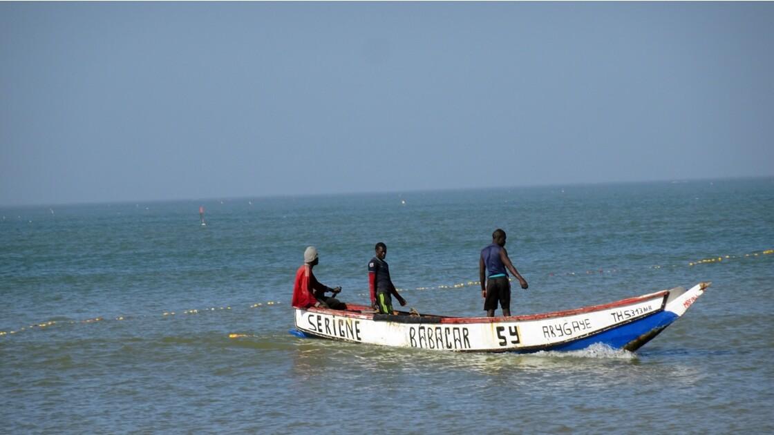 Sénégal entre Saly et Mbour pose des filets 5