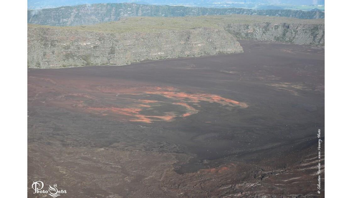 Le Piton de la Fournaise attrait touristique de l'Ile de La Réunion