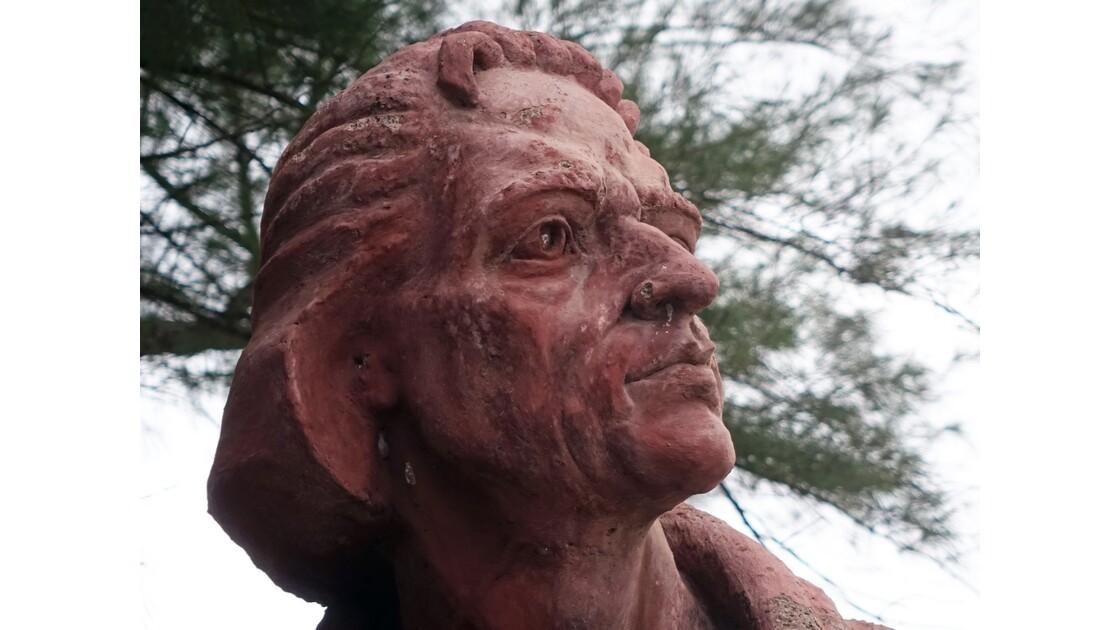 Cuba Baracoa Statue de Colomb 3