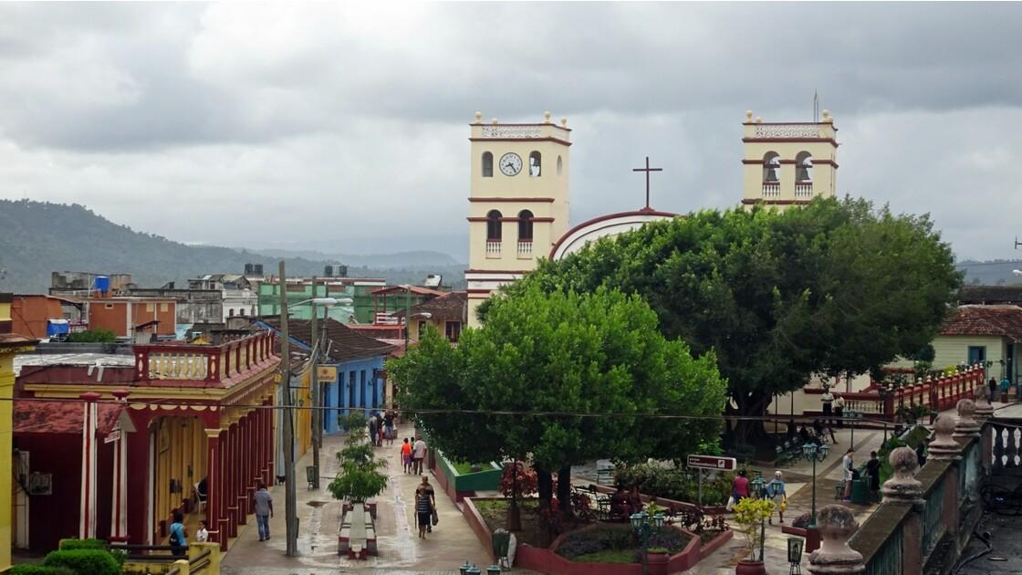 Cuba Baracoa Parque Independencia 7